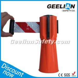 Retractable Belt Queue Barrier with Plastic Cement Dome Base pictures & photos