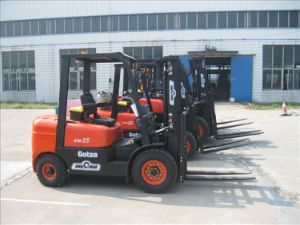 Mini China Diesel Power 2.5ton Capacity Forklift Truck