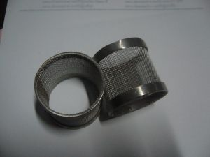 Stainless Steel Wire Mesh Screen Filter Tube/ Filter Cylinders / Sintered Wire Mesh Tube pictures & photos
