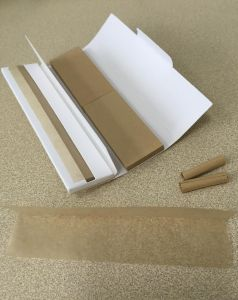 13GSM Brown Unbleached Hemp Cigarette Rolling Paper with Filters pictures & photos