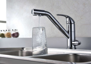Chrom Brass Kitchen Mixer Single Handle Ceramic Valve Kitchen Faucet pictures & photos