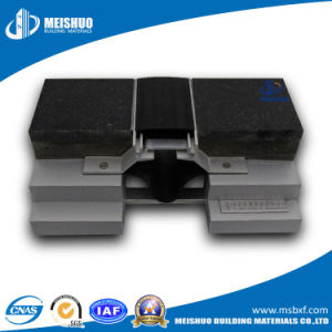 Floor Rubber Expansion Joint Cover for Commercial Buildings pictures & photos