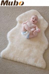 White Carpet 100% Australia Merino Sheepskin Area Rug for Baby pictures & photos