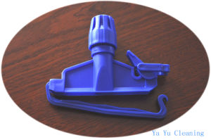 Plastic Easy Mop Clip (YYMC-22B) pictures & photos