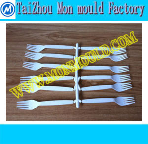 Huangyan Cheap Plastic Household Fork Mould pictures & photos