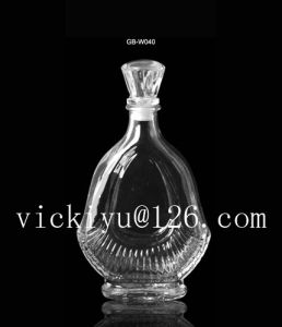 500ml Glass Xo Bottle Glass Vodka Bottle Glass Wine Bottle Tequila Bottle with Mrtal Cap pictures & photos