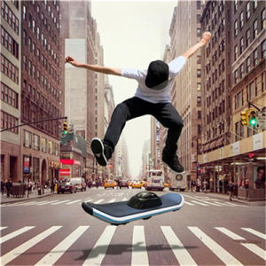 Manufactural One Wheel Electric Skateboard with LED & Bluetooth pictures & photos