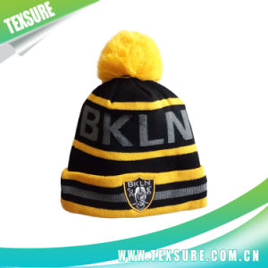 Striped Winter Beanie Knitted Hat/Cap with Ball on Top (113) pictures & photos