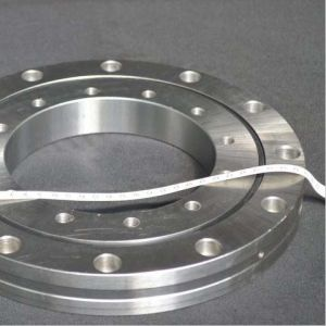 Larges Bearings Wholesale Precision Crossed Roller Slewing Bearing Xsu080258 pictures & photos