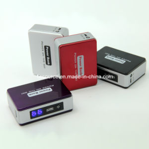 5200mAh LCD Display USB Charger with LED (BUB-12)