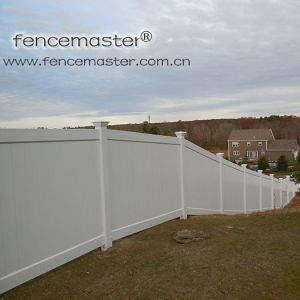 Privacy Fence Superior Strength and Durability pictures & photos