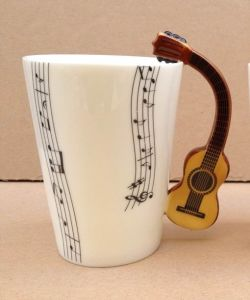 Fine Bone China Music Mug with Traditional Guitar Mug