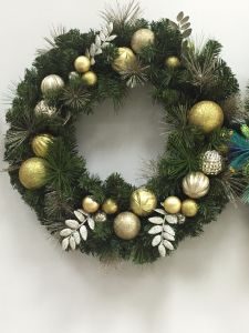 Wreath with Ornaments LED Lighting and Decoration for America Line (customerized designs accept) pictures & photos