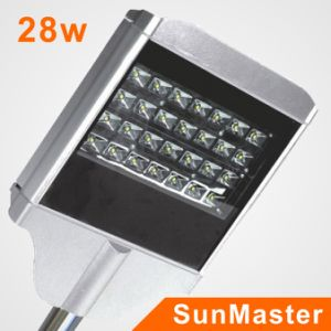 6m 30W LED Solar Street Lighting pictures & photos