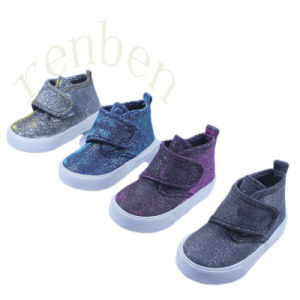 2017 New Arriving Children′s Comfortable Canvas Shoes pictures & photos