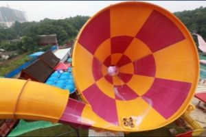 Small Tornado, Color Fiberglass Water Slide, Aqua Park Equipment pictures & photos