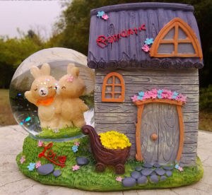 Resin Bear House Wedding Decor Water Globe Snow Globe pictures & photos