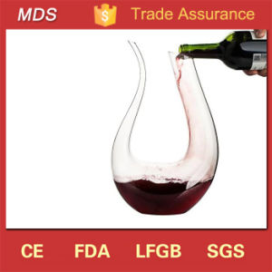 U Shape Magic Crystal Glass Wine Decanter/Wine Carafe with Handle pictures & photos