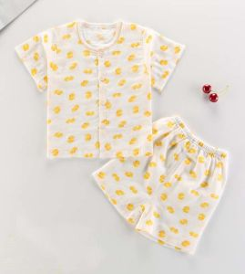 New Fashion Kids Clothing Short Sleeve Suit Children Wear Baby Garment pictures & photos
