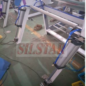 Draw Tape Bag Making Machine with Servo Motor pictures & photos