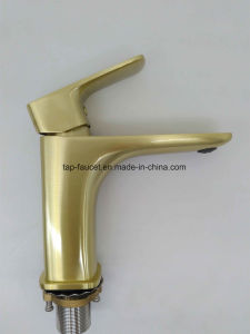 Watersino 12 Years Experienced Faucet Factory 7 Years Guarantee Taps pictures & photos