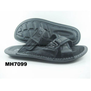 Leather Sandals Beach Slipper Factory pictures & photos