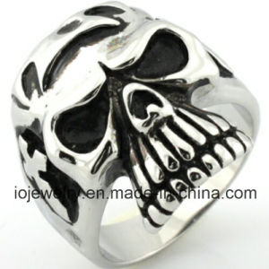 Fashion Custom 316L Stainless Steel Rings Men′s Skull Jewelry pictures & photos