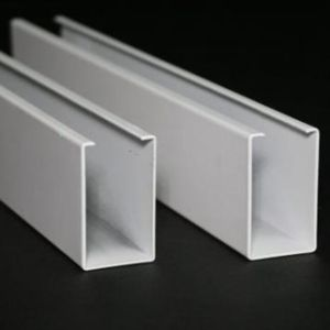 ISO Factory Price Aluminum U-Shaped Roll Formed False Ceiling for Interior Decorative pictures & photos