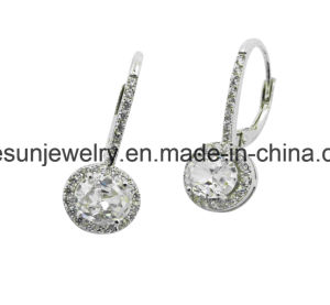 925 Sterling Silver Earring with Lever Back White CZ pictures & photos