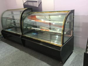 Commercial Marble Base Cake Display Showcase Refrigerator in Good Quality pictures & photos