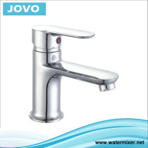 China New Styple Single Lever Basin Faucet Jv70401 pictures & photos