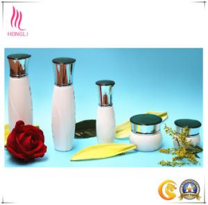 30ml & 50ml Eco Friendly Cosmetic Containers, Cosmetic Glass Lotion Bottles Jar Dropper Bottle Series Bottle Hl-005 pictures & photos