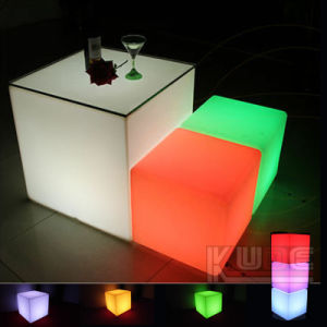 LED Swimming Pool Floating Cubes Battery Operated Cubes pictures & photos