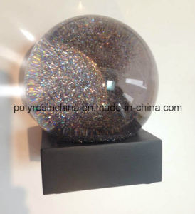 High Quality Snow Globe with Soft Black Surface Base pictures & photos