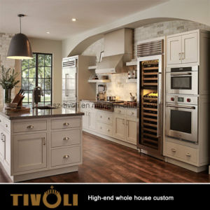 Fancy Classic Solid Wooden Kitchen Cabinets and Full House Wood Joinery (AP140) pictures & photos