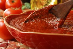 Hot-Break Tomato Paste Double Concentrated 28&-30% Brix pictures & photos