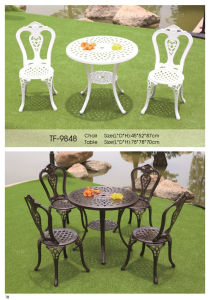 Patio Cast Aluminum Outdoor Balcony Furniture with Round Table pictures & photos
