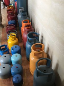 LPG Cylinder Production Line for New Plant pictures & photos