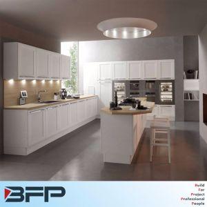 U Shaped Kitchen Designs Pcv Kitchen Cabinet pictures & photos