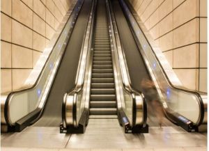 Indoor Escalator with 35 Degree 1000mm Step Width pictures & photos