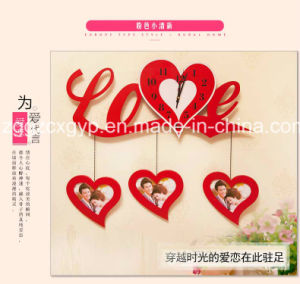 Promotional Love Shape Wooden Photo Frame/Wooden Photo Frame in Cheap Price Cx-PF05 pictures & photos