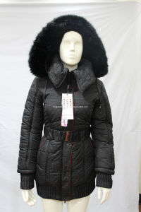 2014 Ladies Fur Hood Elastic Waist with Belt Winter Overcoat (AH-0325) pictures & photos
