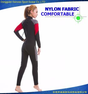 Factory Outlet Custom Practical Neoprene Woman′s Elastic Surfing Suit pictures & photos