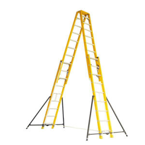 35kv Yellow 5m Fiberglass Double-Side Grooved Rails Extension Ladder pictures & photos