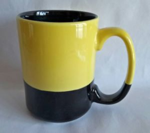 Yellow and Black 15 Oz Ceramic & Coffee Mug pictures & photos