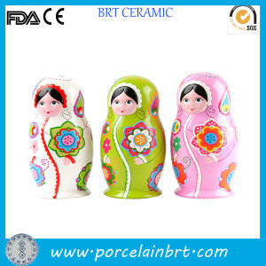 Small Beauty Ceramic Russian Dolls pictures & photos