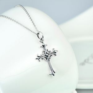 Newest 925 Sterling Silver Cross Pendant Necklace Classic Jewelry Antique Silver Necklace for Women and Men pictures & photos