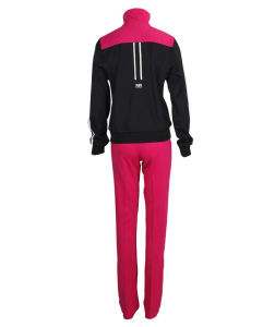2016 Women Sportwear with Good Quality pictures & photos