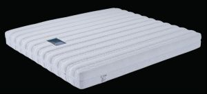 Queen Size Single Spring Mattress, Outside Zipper Design (P207) pictures & photos