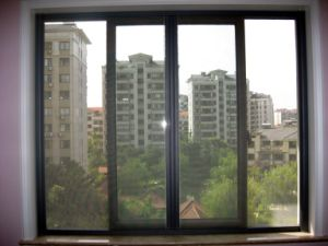 High Quality Anti-Fire Fiberglass Window Screen pictures & photos